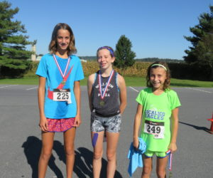 Female 14 & Under Winners - Madison Kimmel, Paige Reeser, Kayle Fisher